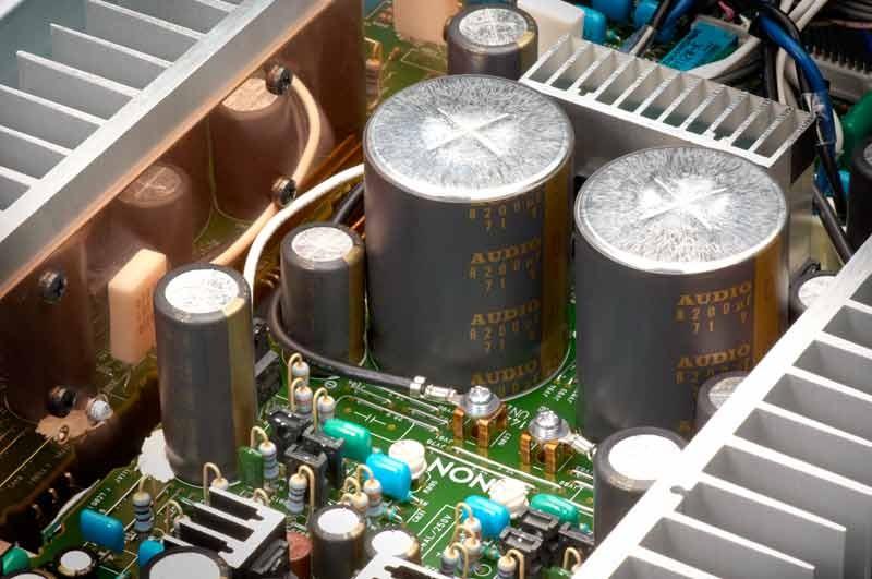 amplifier-denon-pma-1520ae-inside